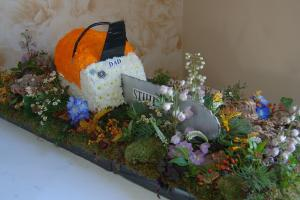 chainsaw funeral flowers bedford