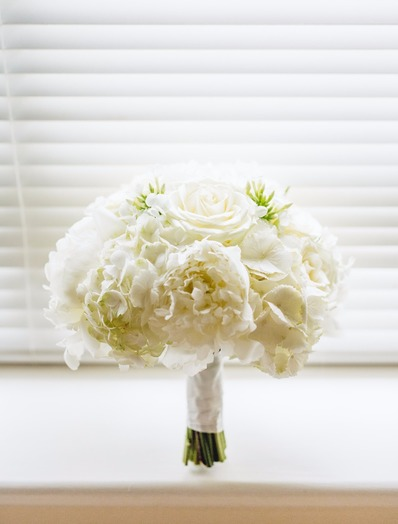 beautiful white wedding bouquet bedford