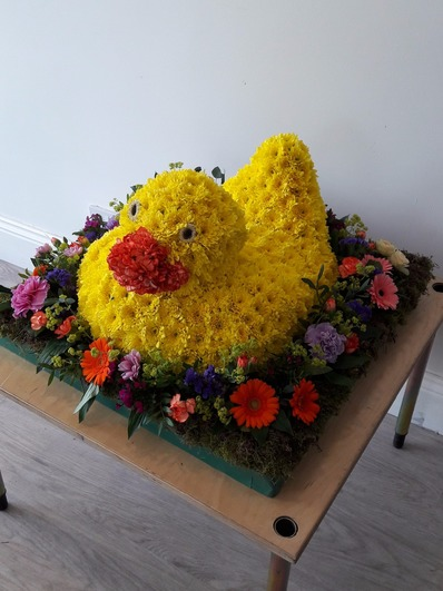 yellow duck flower tribute bedford